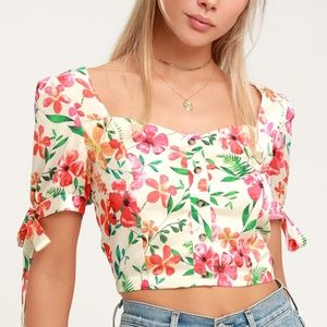IVORY TROPICAL PRINT BUTTON-UP CROP TOP✨New!!!